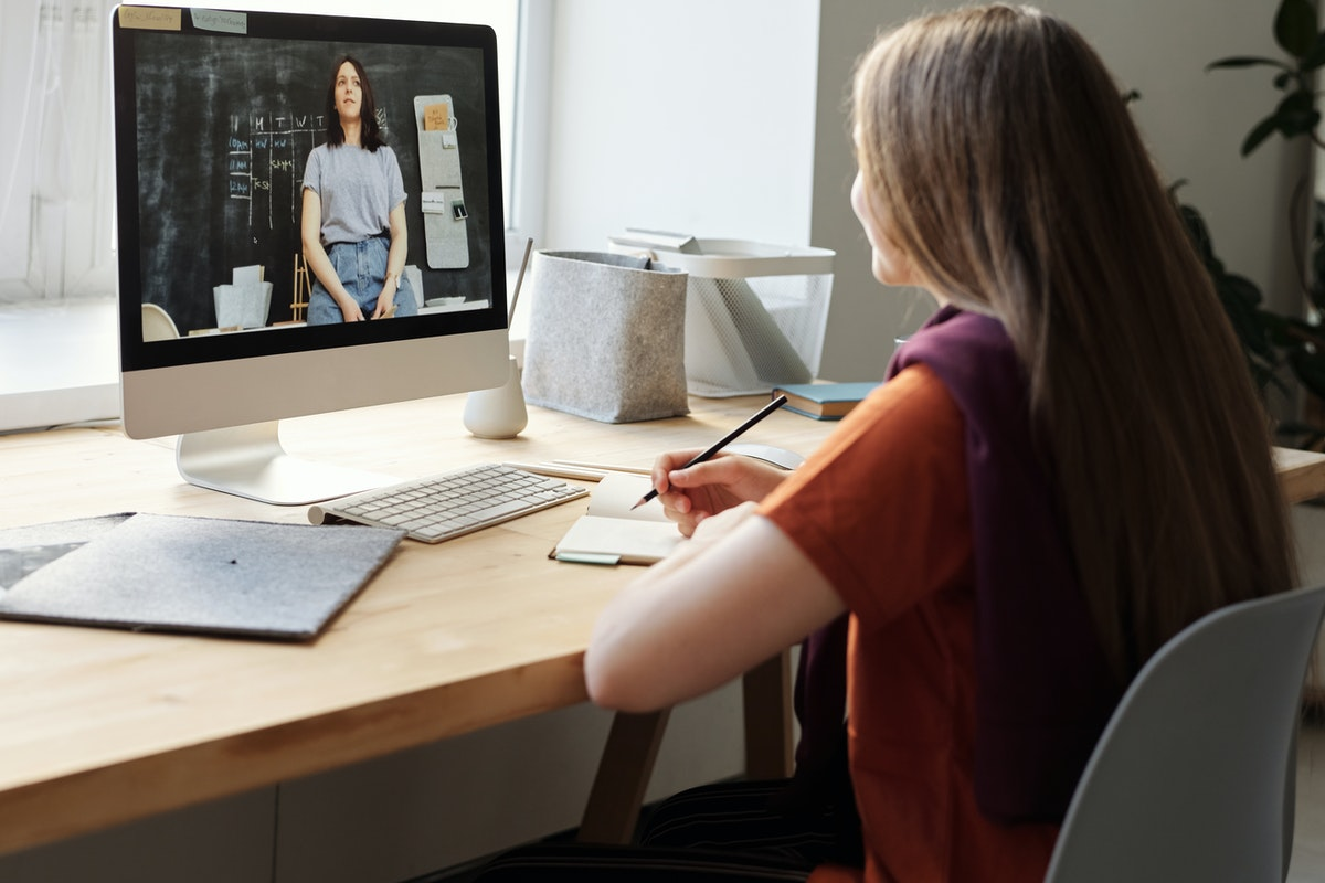 a sudent doing remote learning on desktop